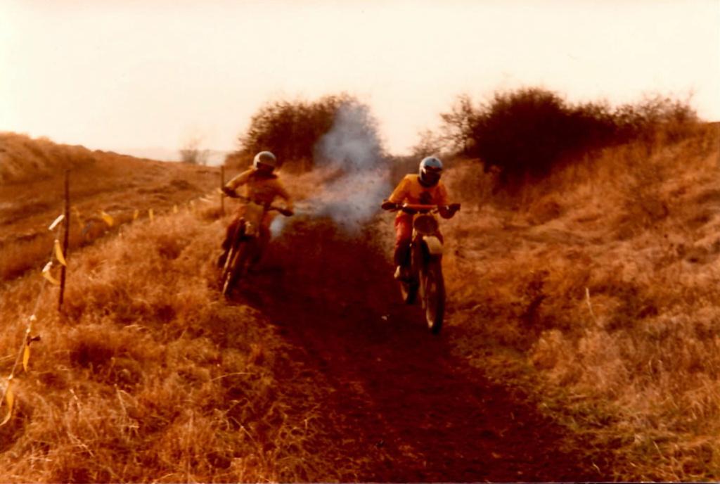 vos motos avant la FJR? - Page 2 Sans_t10