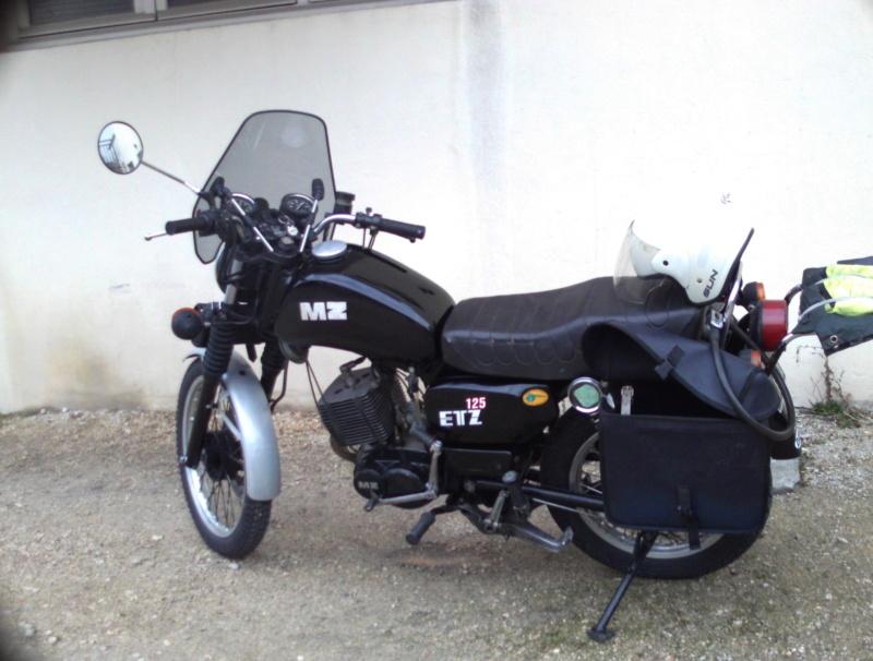 Moto (nom féminin) Sunp0014