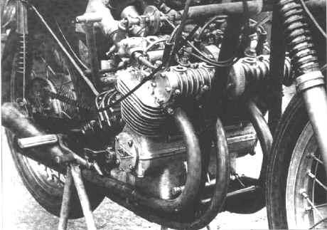 Plus à l'est : les motos Voskod Vostok12