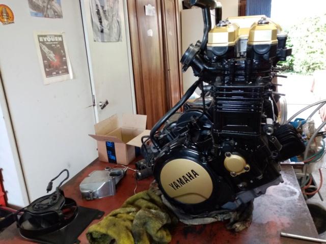 Restauration FZ 750 Img_2060