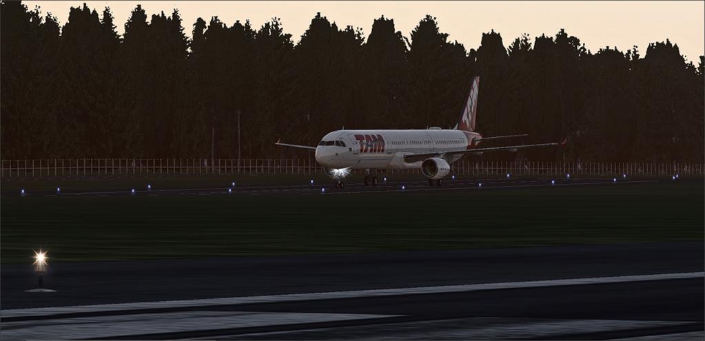Vôo de Florianópolis(SBFL) à Londrina(SBLO), Airbus A-321 /Tam Snap_270