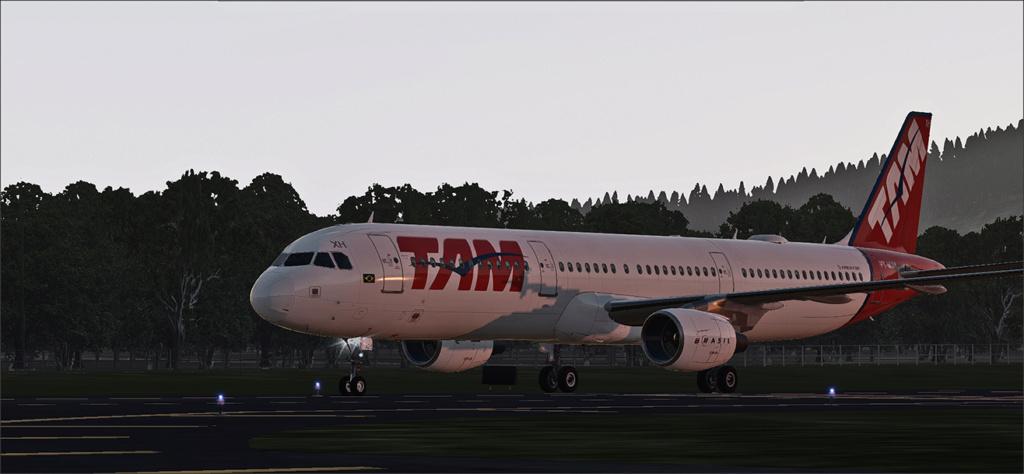 Vôo de Florianópolis(SBFL) à Londrina(SBLO), Airbus A-321 /Tam Snap_271