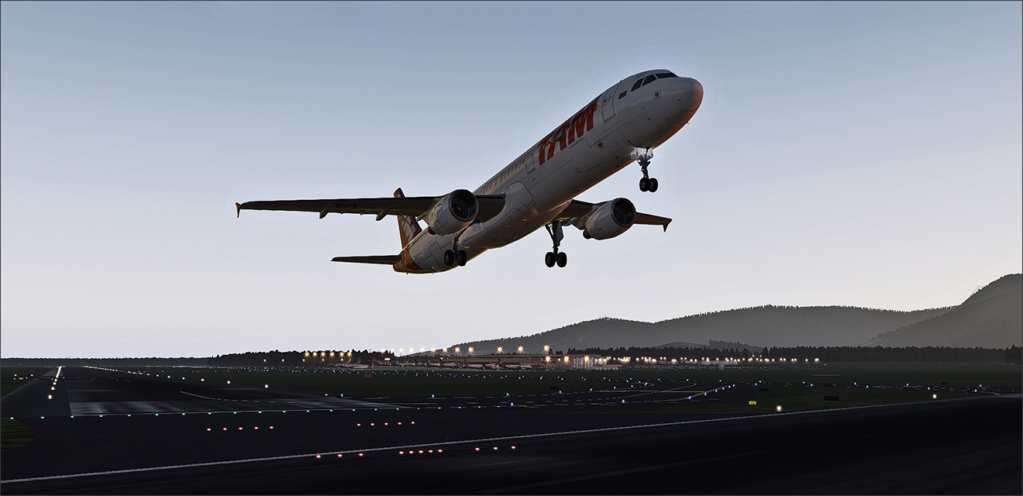 Vôo de Florianópolis(SBFL) à Londrina(SBLO), Airbus A-321 /Tam Snap_272