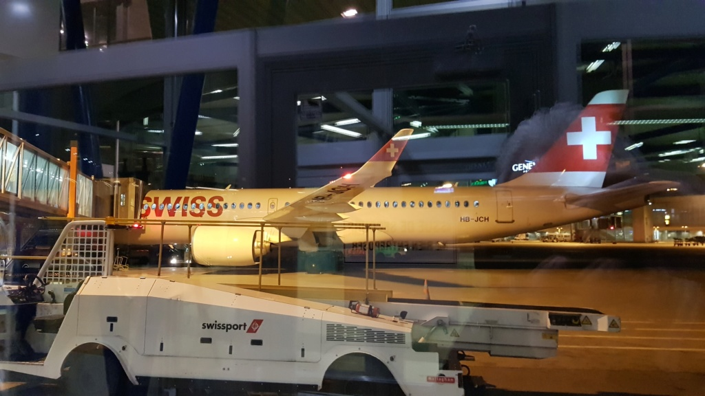 AIRBUS A220?? Swiss_11