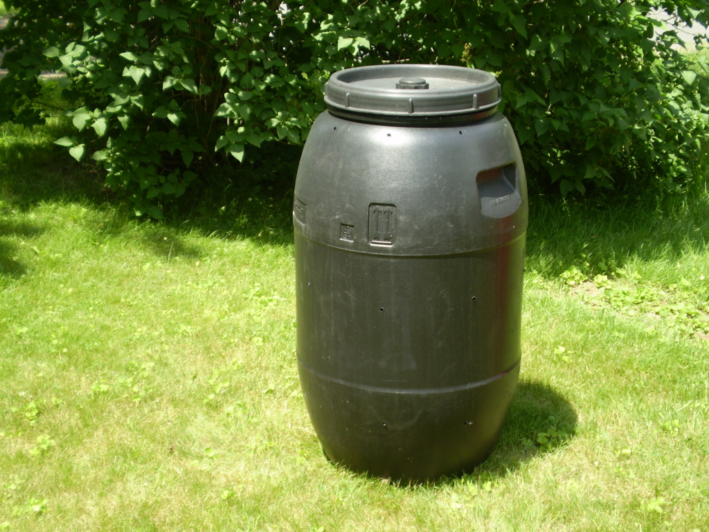 Tips for compost tumbler - Page 5 P6070912