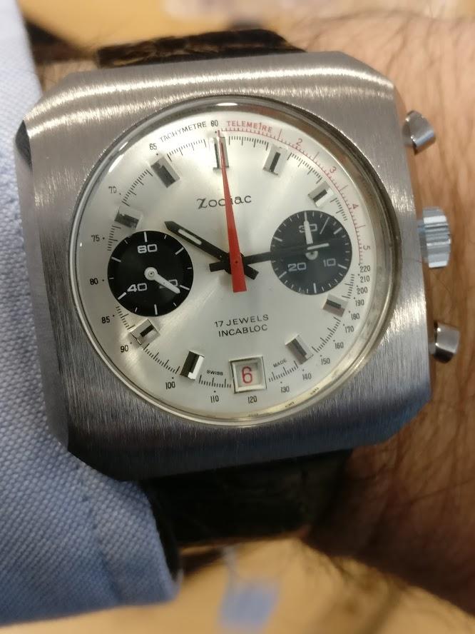 Relógio Zodiac 1970 vintage panda chronograph Valjoux 7734 date Img_2116