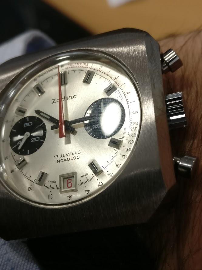 Relógio Zodiac 1970 vintage panda chronograph Valjoux 7734 date Img_2118