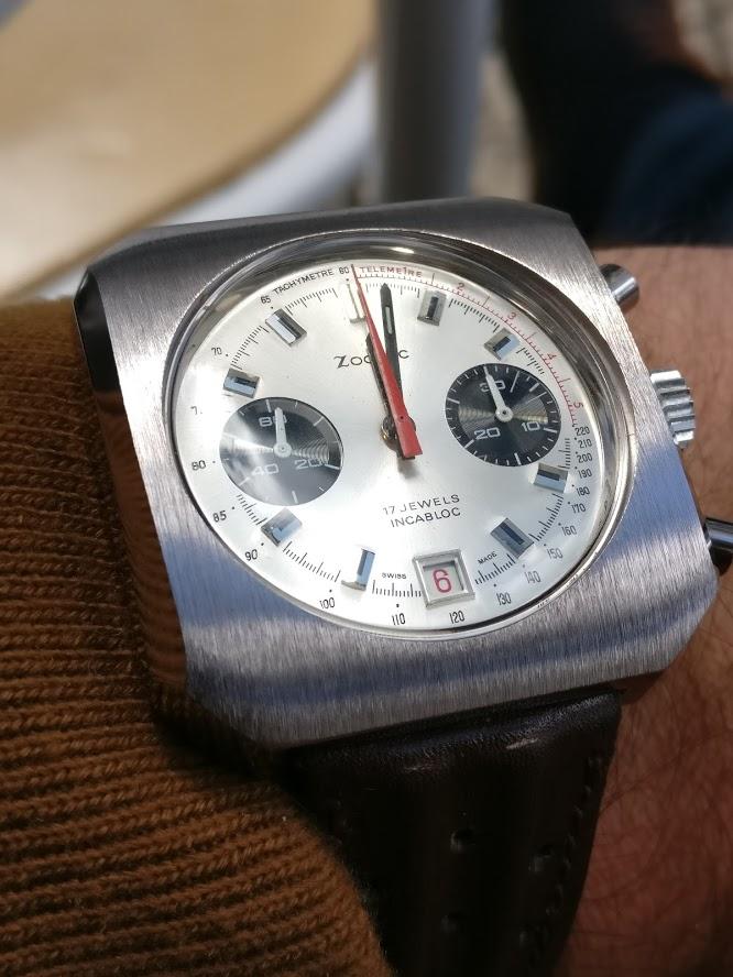 Relógio Zodiac 1970 vintage panda chronograph Valjoux 7734 date Img_2119