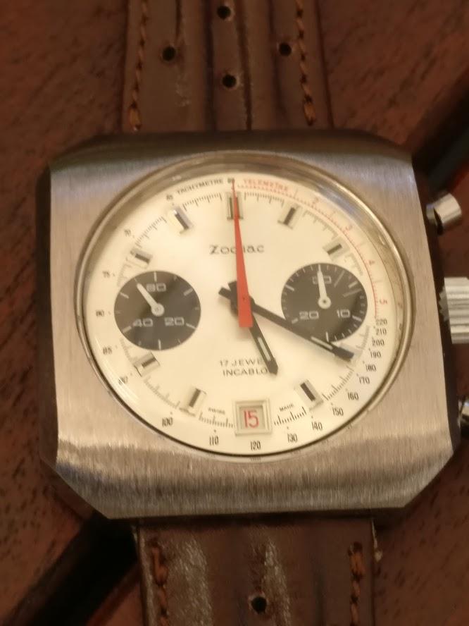 Relógio Zodiac 1970 vintage panda chronograph Valjoux 7734 date Img_2125