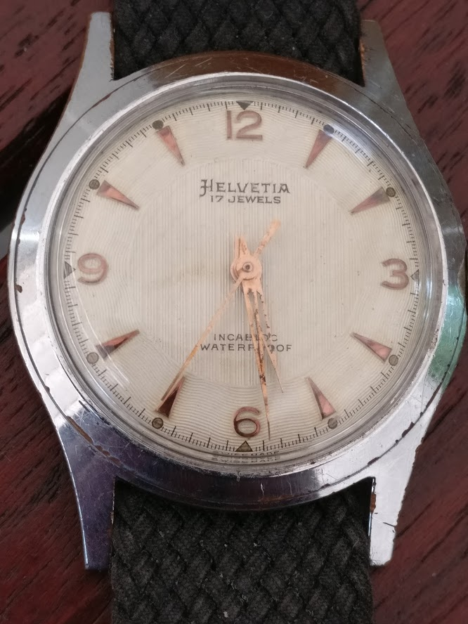 Relógio vintage Helvetia (anos 50), mecânico, a corda manual Img_2129
