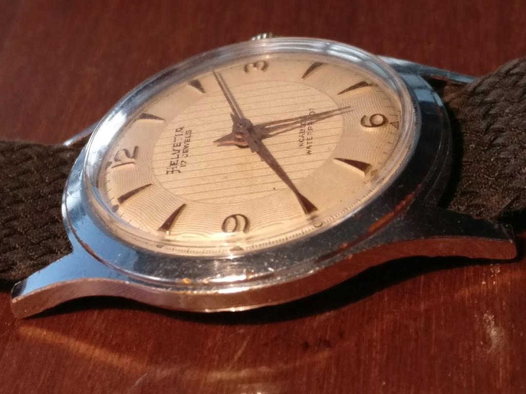 Relógio vintage Helvetia (anos 50), mecânico, a corda manual Img_2133