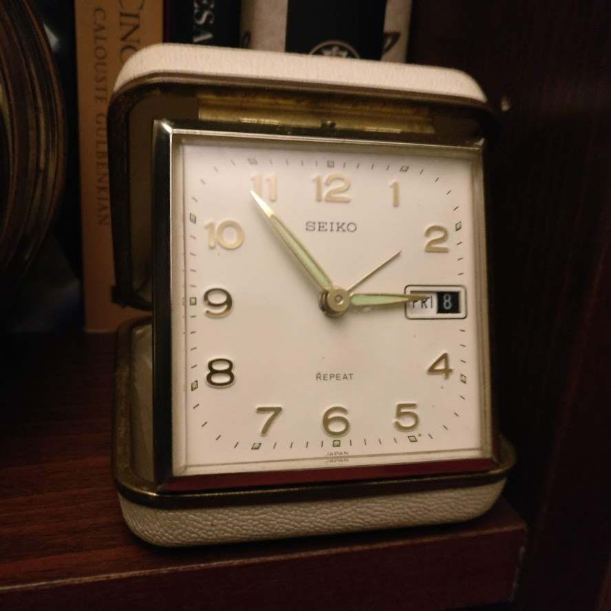 Despertadores e outros relógios antigos Img_2174