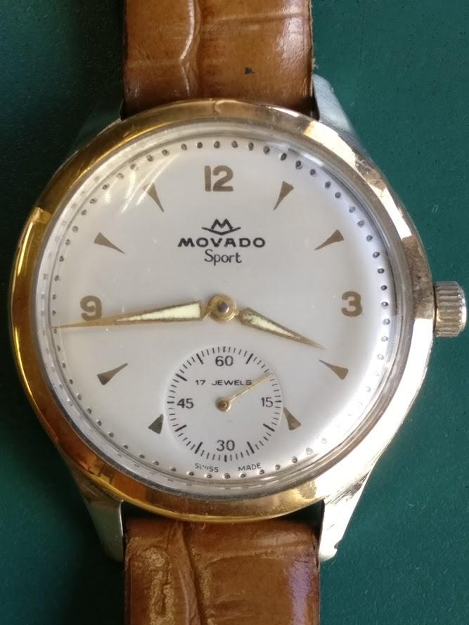 À venda online Movado10