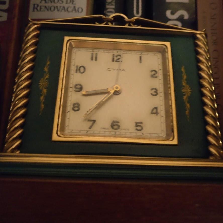 Despertadores e outros relógios antigos Relogi10