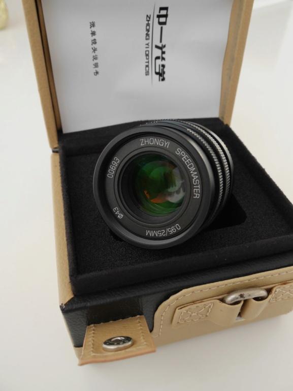 [VDS] Zhongyi Mitakon Speedmaster 25mm f/0.95 P1070911