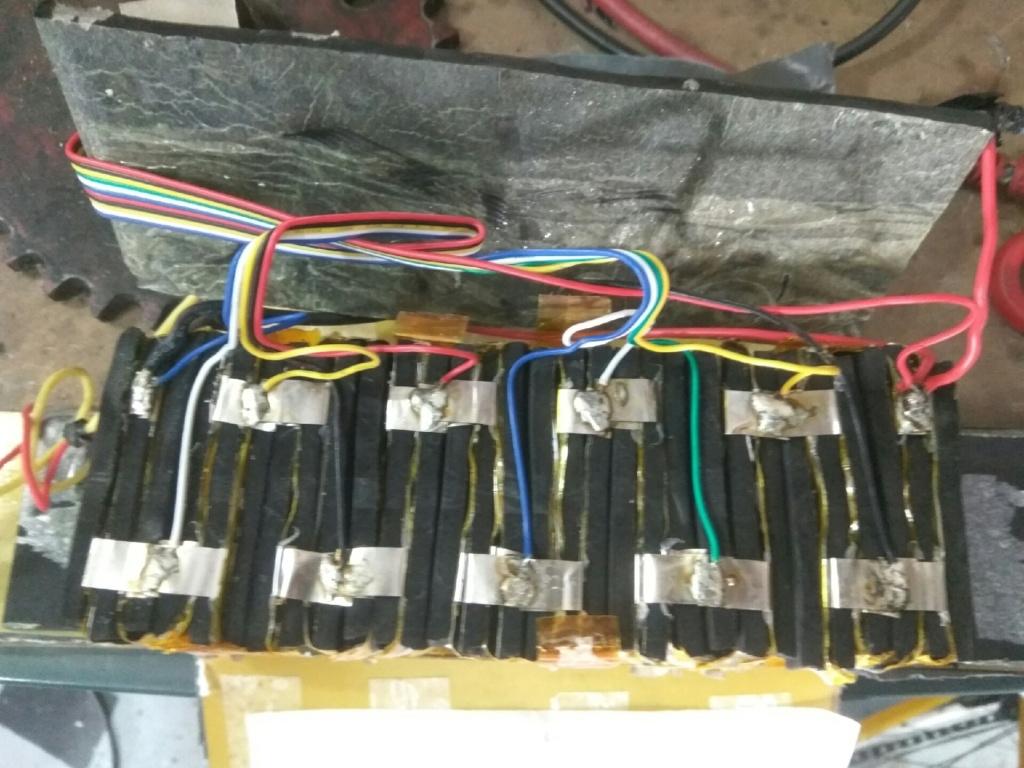 Ayuda. Desmontando batería Img_2012