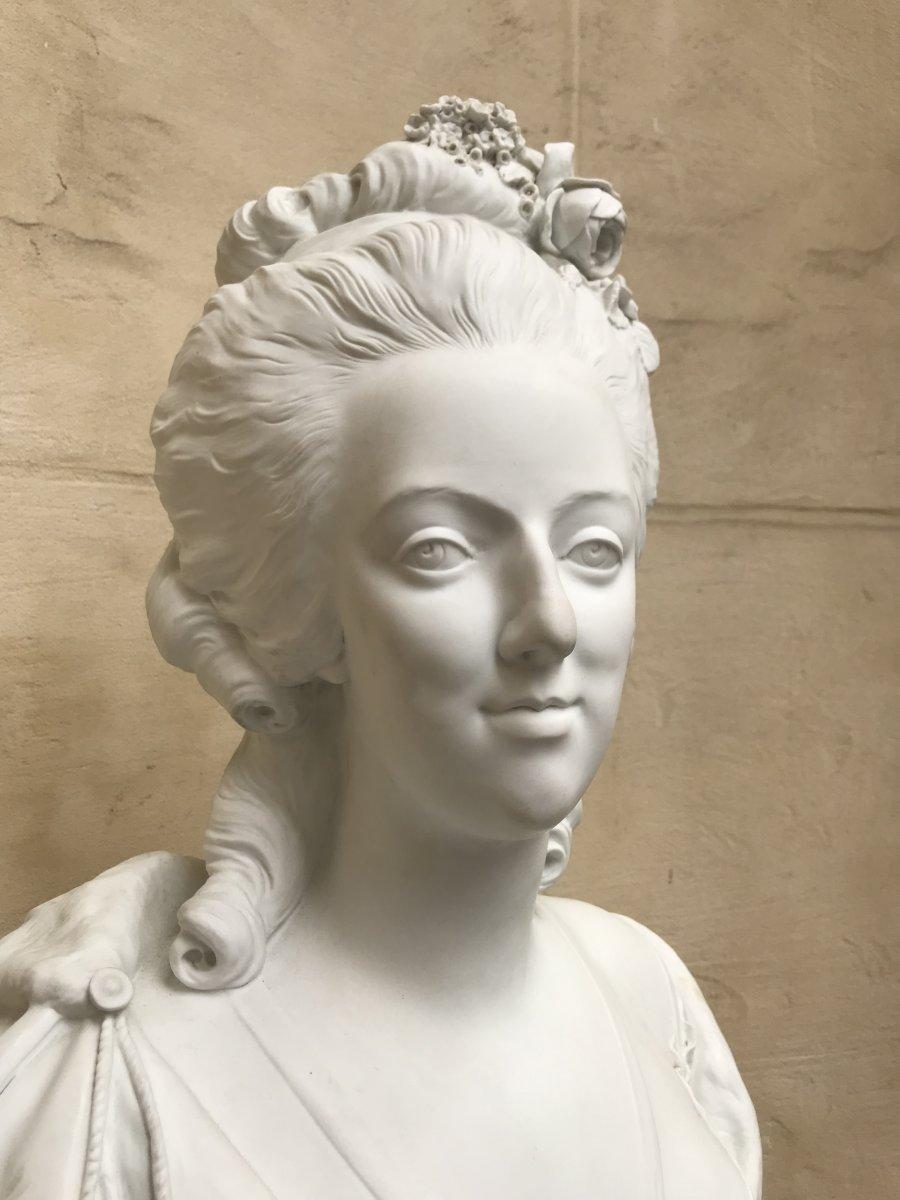 A vendre: bustes Marie Antoinette - Page 10 47766214