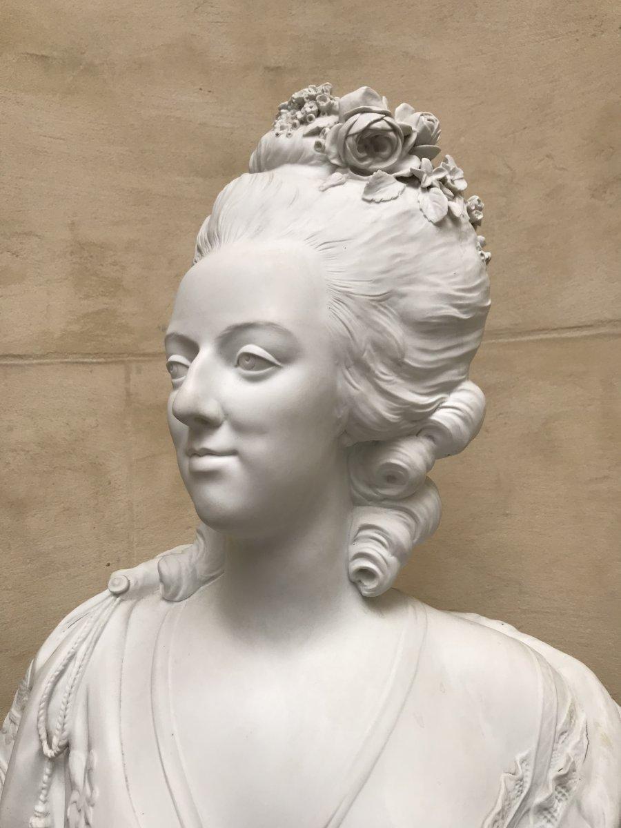 A vendre: bustes Marie Antoinette - Page 10 47766215