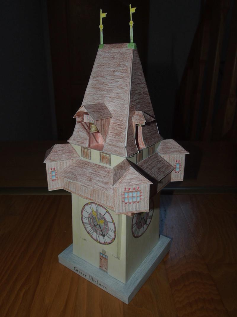 Selbst entworfene Gebäudemodelle von Michael 97 - Seite 2 P2201710