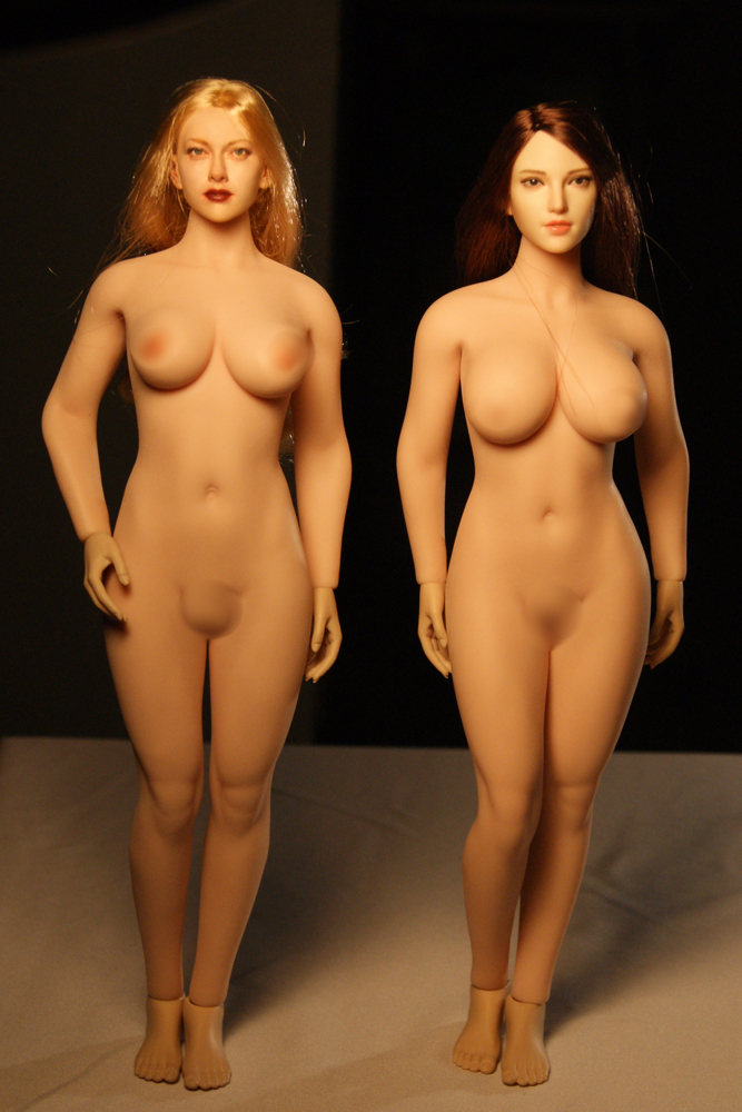 """TBLeague - NEW PRODUCT: TBLeague: 1/6 scale """"Chubby"""" Female Body (2 styles, with or without a head sculpt) Compar14"""