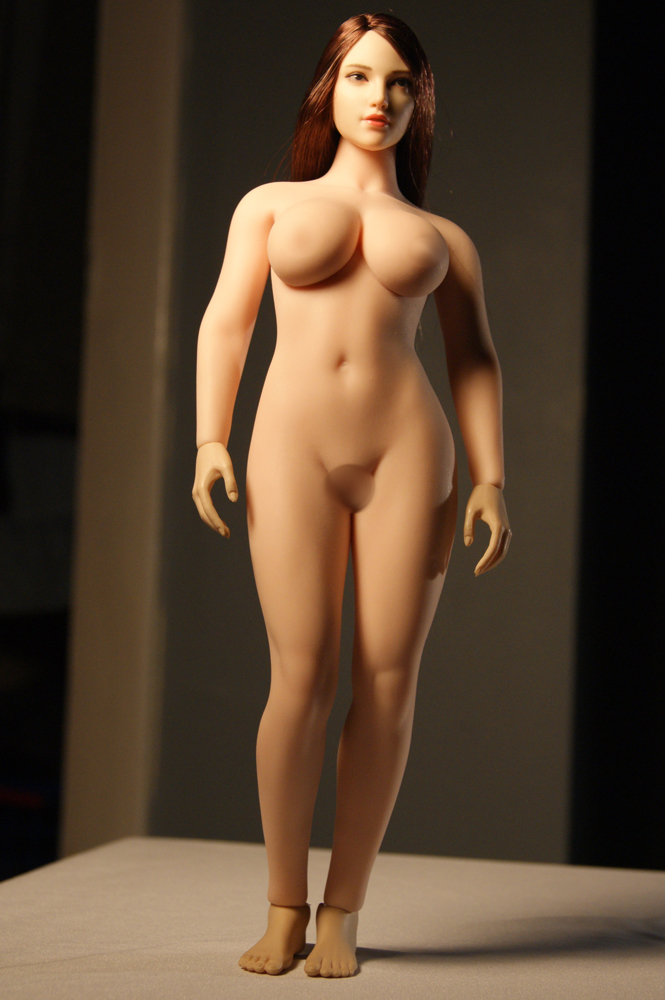 """TBLeague - NEW PRODUCT: TBLeague: 1/6 scale """"Chubby"""" Female Body (2 styles, with or without a head sculpt) S38_110"""