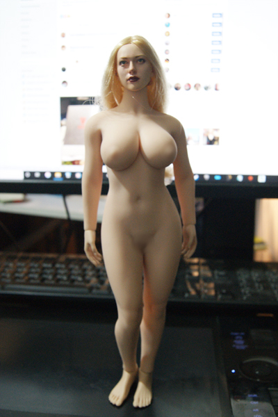 """TBLeague - NEW PRODUCT: TBLeague: 1/6 scale """"Chubby"""" Female Body (2 styles, with or without a head sculpt) S38_fi10"""