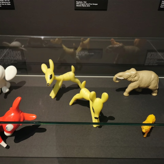 A exhibition about plastic animals from the Soviet Union (Leningrad) in Dresden 84297910
