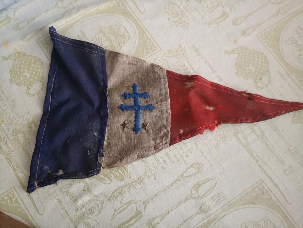 Drapeau France libre avec étoiles P0030410