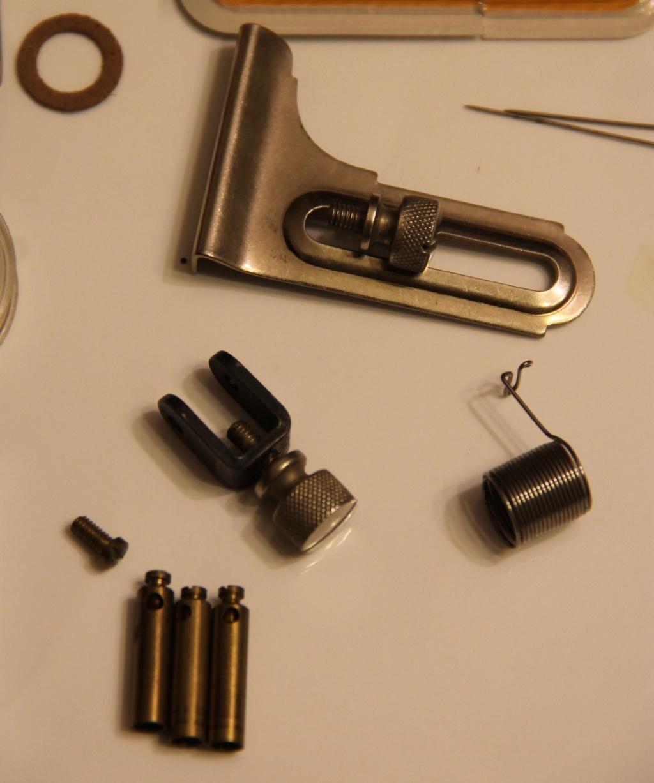 Identification d'accessoires pour des machines à coudre anciennes - Page 2 Img_4531
