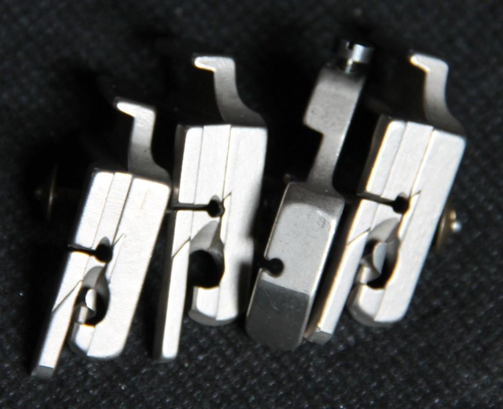 Identification d'accessoires pour des machines à coudre anciennes - Page 2 Img_4532