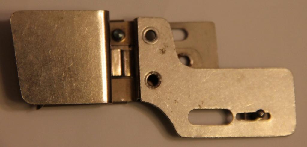 Identification d'accessoires pour des machines à coudre anciennes - Page 2 Img_4538