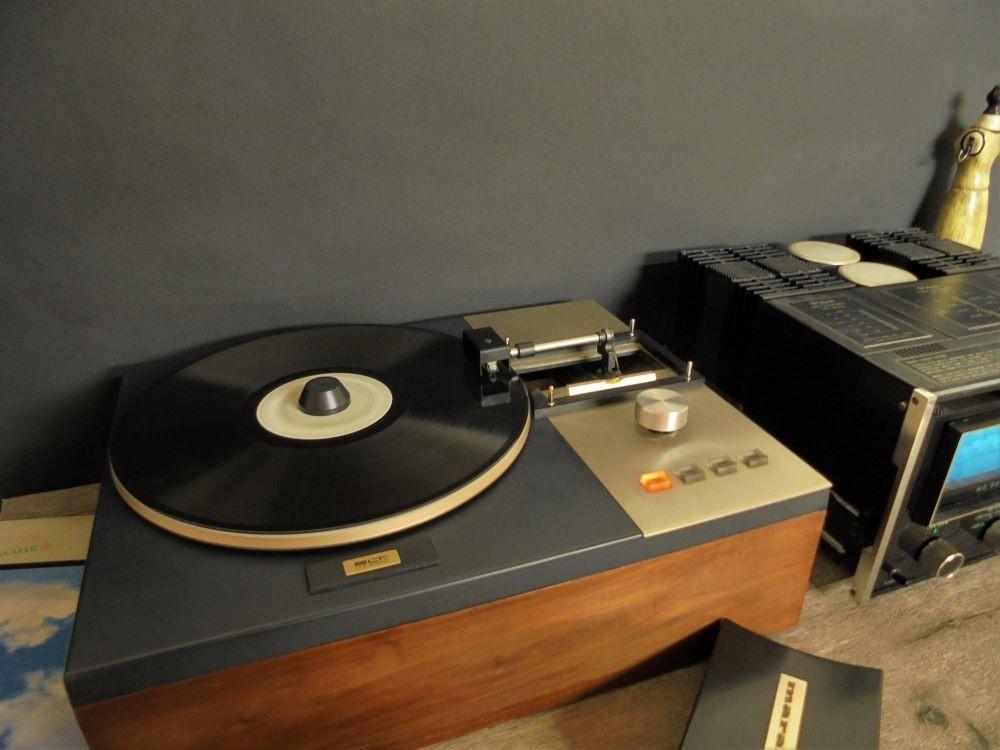 Giradischi Marantz radiale vintage del 1967 Dsc04812