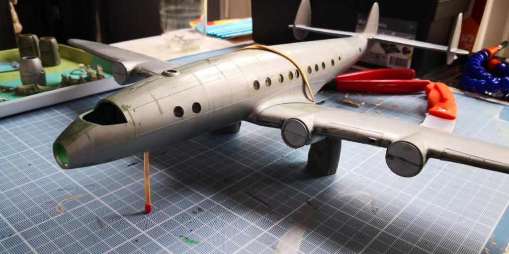 [HELLER] LOCKHEED CONSTELLATION C-121-A MATS BERLIN 1948 - 1949 1/72ème Réf 80382 Img_2013