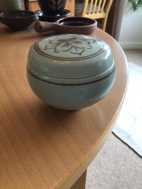 Celadon glaze lid - maker? 506d8f10