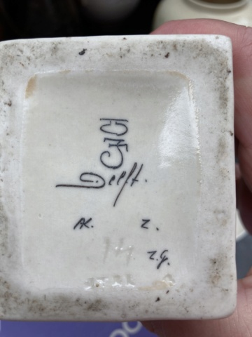 Understanding Delft markings? Efa8c410