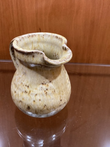 ID potter for a tiny jug? FR mark F7a5e410