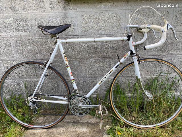 Modèle velo Peugeot reynolds 531 course 84c5ae10