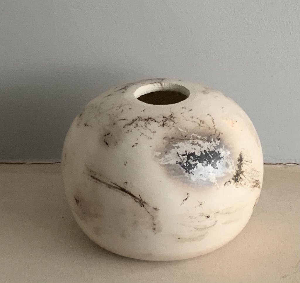 Naked raku vase, CF mark  4ce56e10