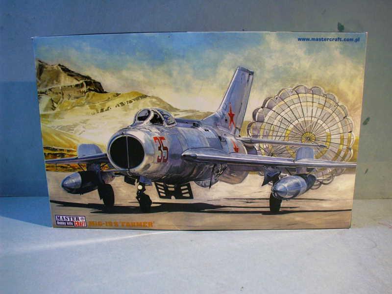 Multi-présentations MASTERCRAFT d avions au 1/72ème Imag0186