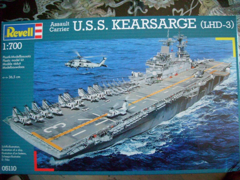 [REVELL] Navire amphibie d assault LHD-3 USS KEARSARGE 1/700ème Réf 05110 S7302035