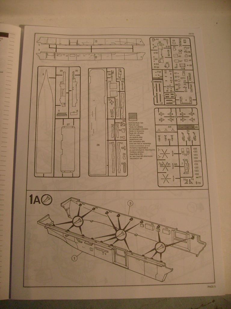 [Revell] USS Kearsarge au 700 eme S7302039