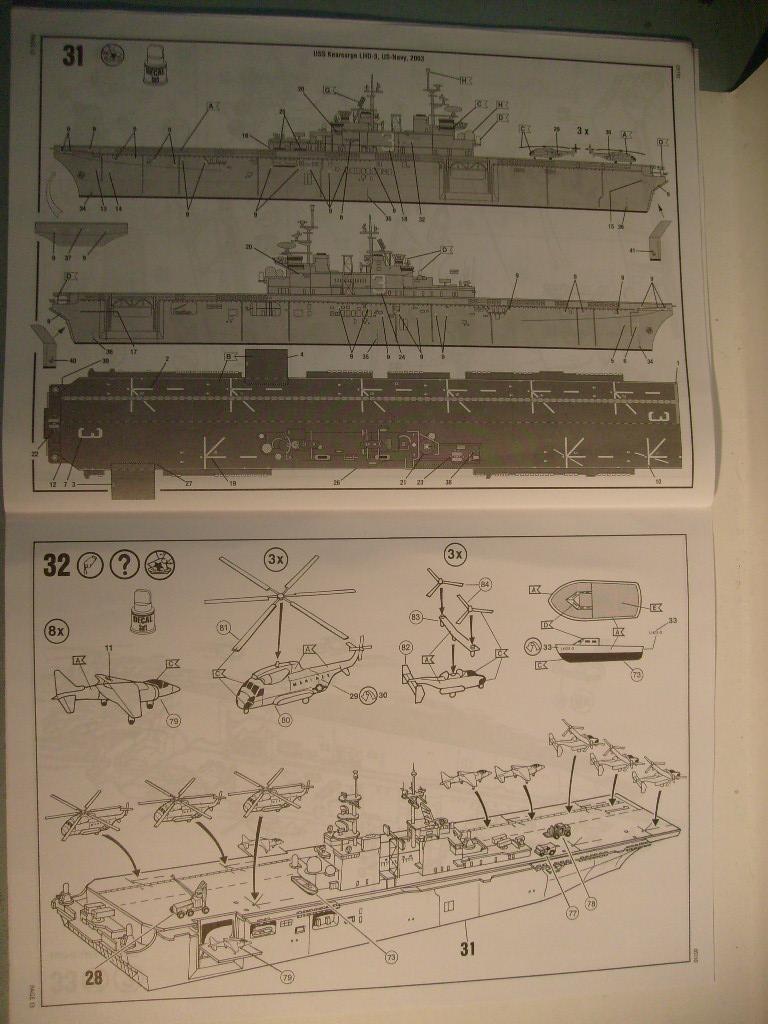 [REVELL] Navire amphibie d assault LHD-3 USS KEARSARGE 1/700ème Réf 05110 S7302043
