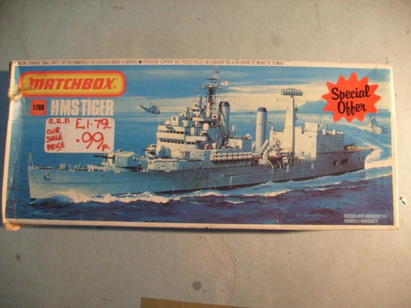 [MATCHBOX] Croiseur lance-missiles HMS TIGER 1/700ème Réf PK164 S7305131