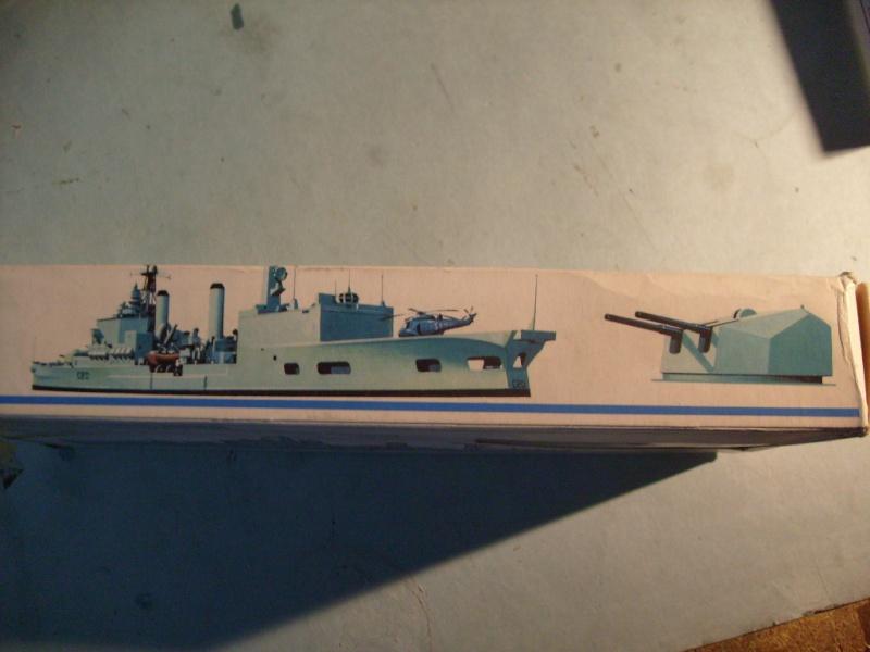 [MATCHBOX] Croiseur lance-missiles HMS TIGER 1/700ème Réf PK164 S7305134