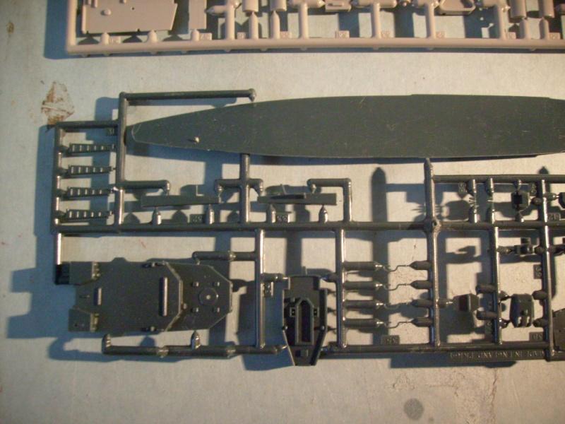[MATCHBOX] Croiseur lance-missiles HMS TIGER 1/700ème Réf PK164 S7305144