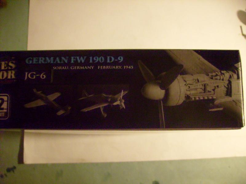 Multi-présentations UNIMAX-FORCE OF VALOR FOCKE WULF Fw190 D9 & CHANCE VOUGHT F4U-1 CORSAIR & NORTH AMERICAN P 51 MUSTANG 1/72ème S7308825