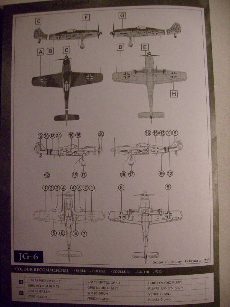 Multi-présentations UNIMAX-FORCE OF VALOR FOCKE WULF Fw190 D9 & CHANCE VOUGHT F4U-1 CORSAIR & NORTH AMERICAN P 51 MUSTANG 1/72ème S7308832