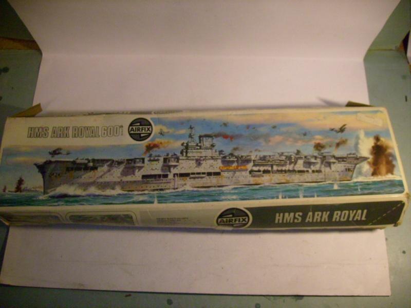 [AIRFIX] Porte-avions HMS ARK ROYAL 1/600ème Réf 04205 S7309729