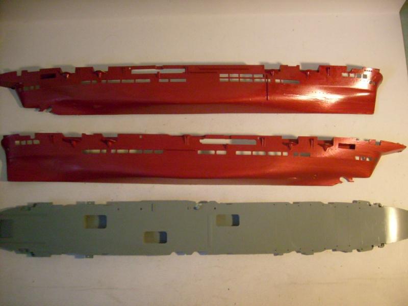 [AIRFIX] Porte-avions HMS ARK ROYAL 1/600ème Réf 04205 S7309730
