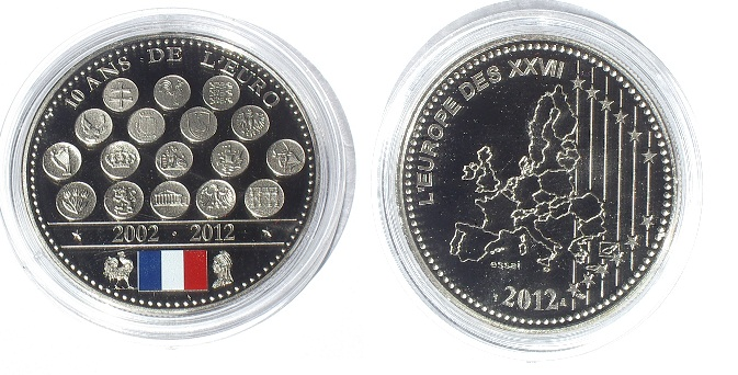 "Médaille ""L'Europe des XXVII"" ' Essai Imgp9211"